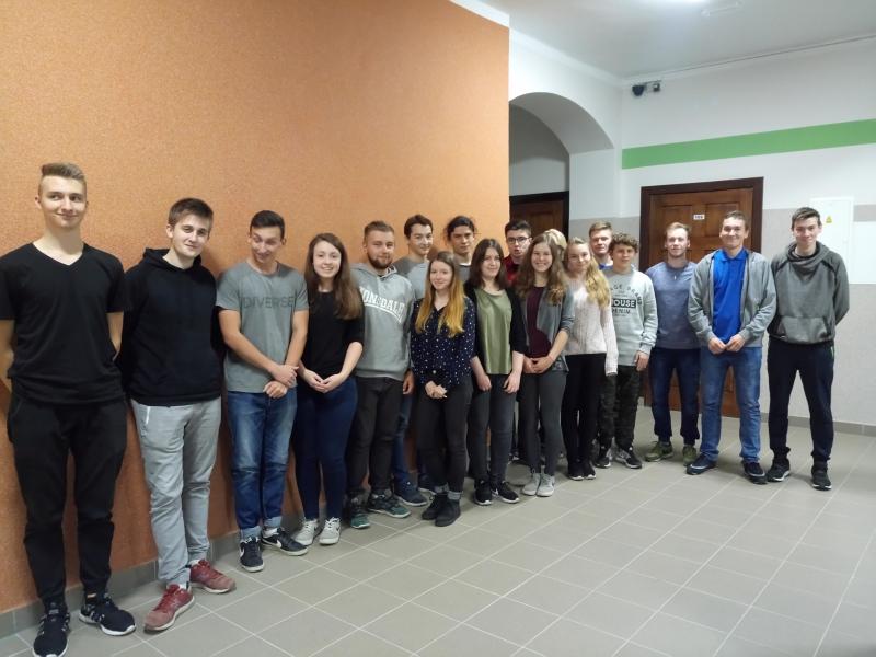 """Uczniowie z """"Elektryka"""" na praktyce w Hiszpanii"""